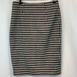 Hugo Boss Houndstooth Wool Pencil Skirt